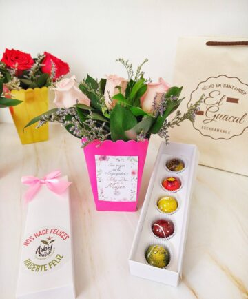 Kit de bombones de chocolate con bouquet de rosas